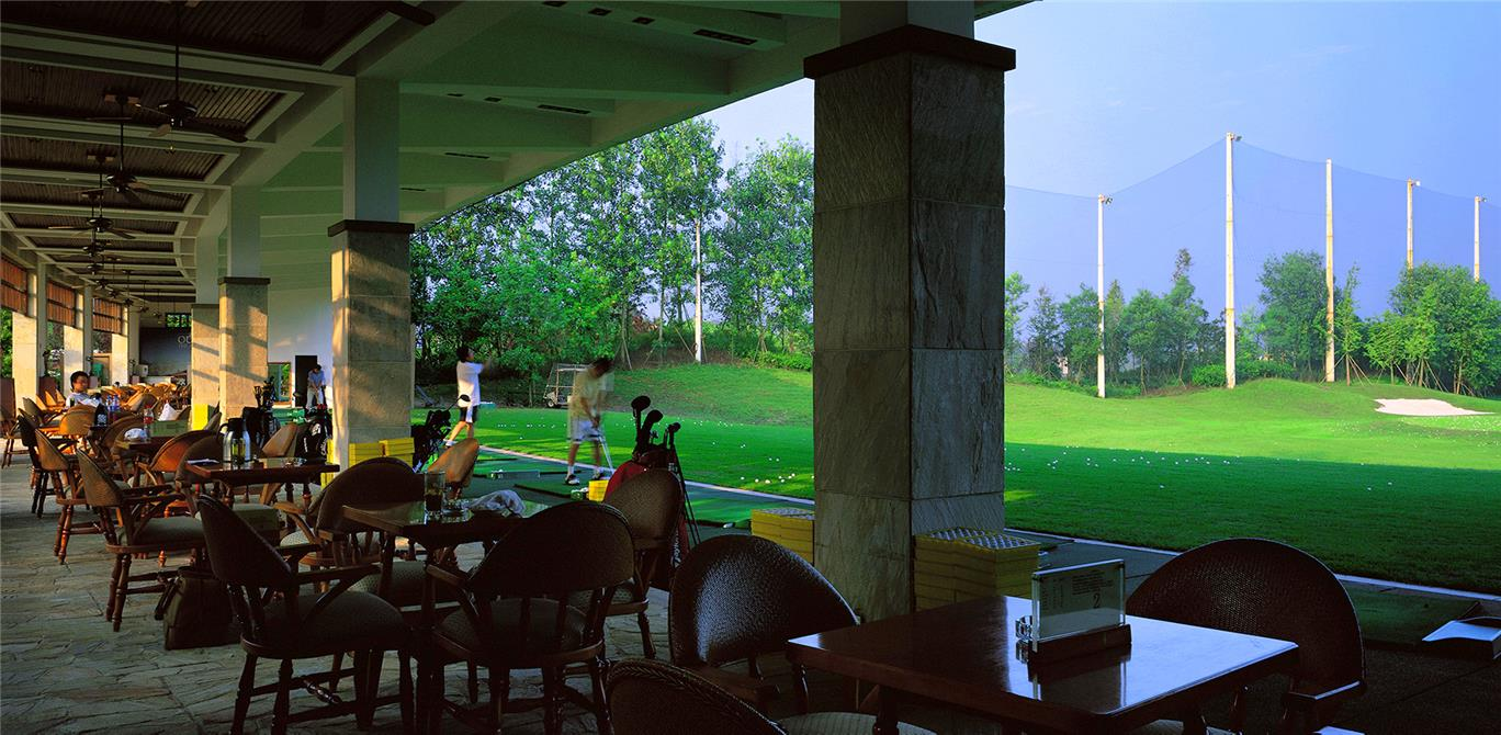 Dahlin Luxe Hills Golf Clubhouse And Training Center